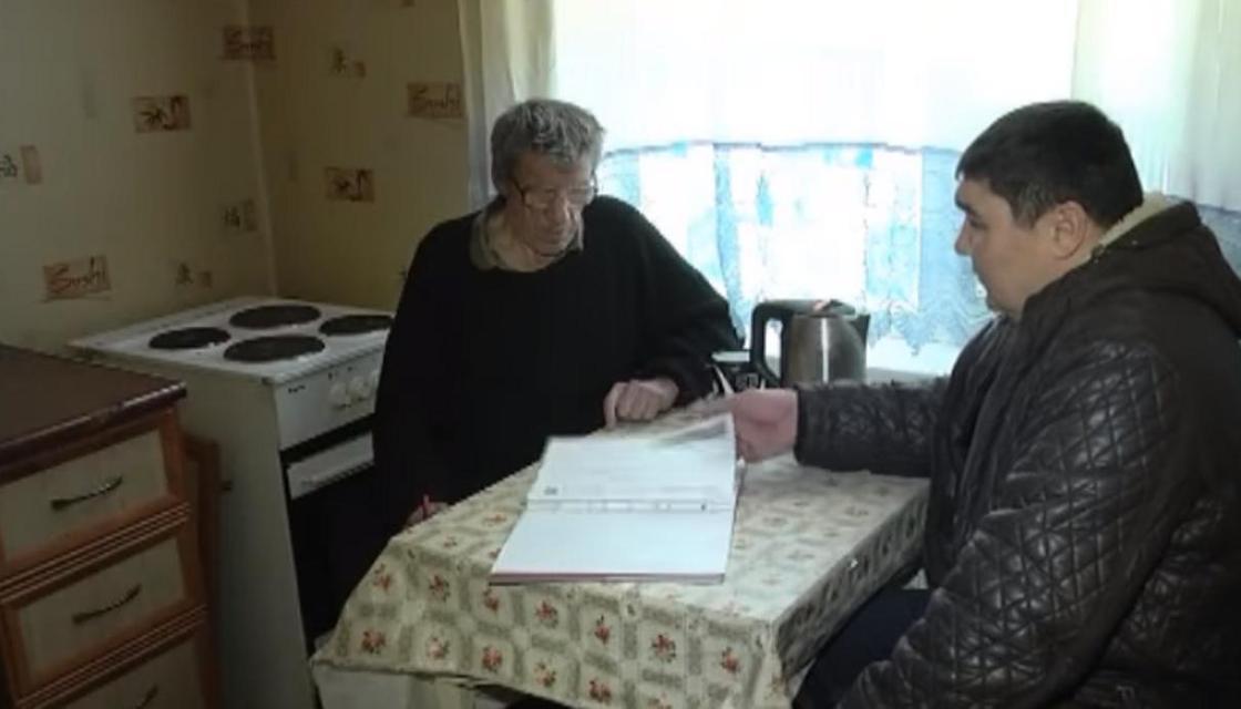 «Взяли и просто обманули»: павлодарец обвинил соседей в том, что они отобрали у него квартиру