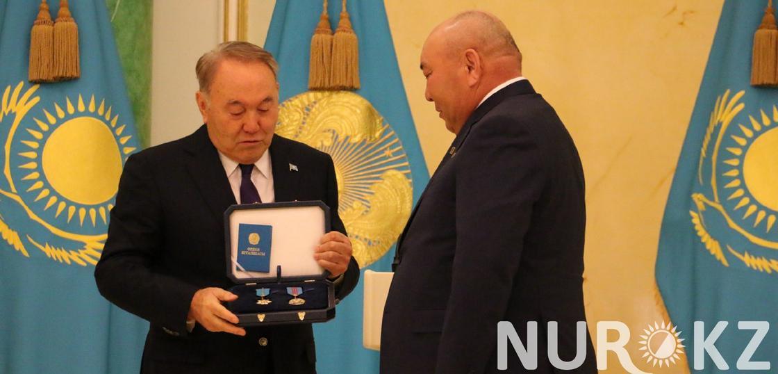Назарбаев о женщине-инвалиде: Кто жалуется на жизнь - учитесь (фото)