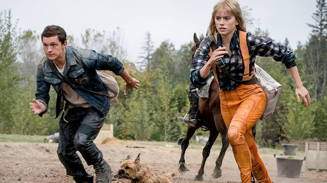 Кадр из фильма «Поступь хаоса». Парень и девушка бегут