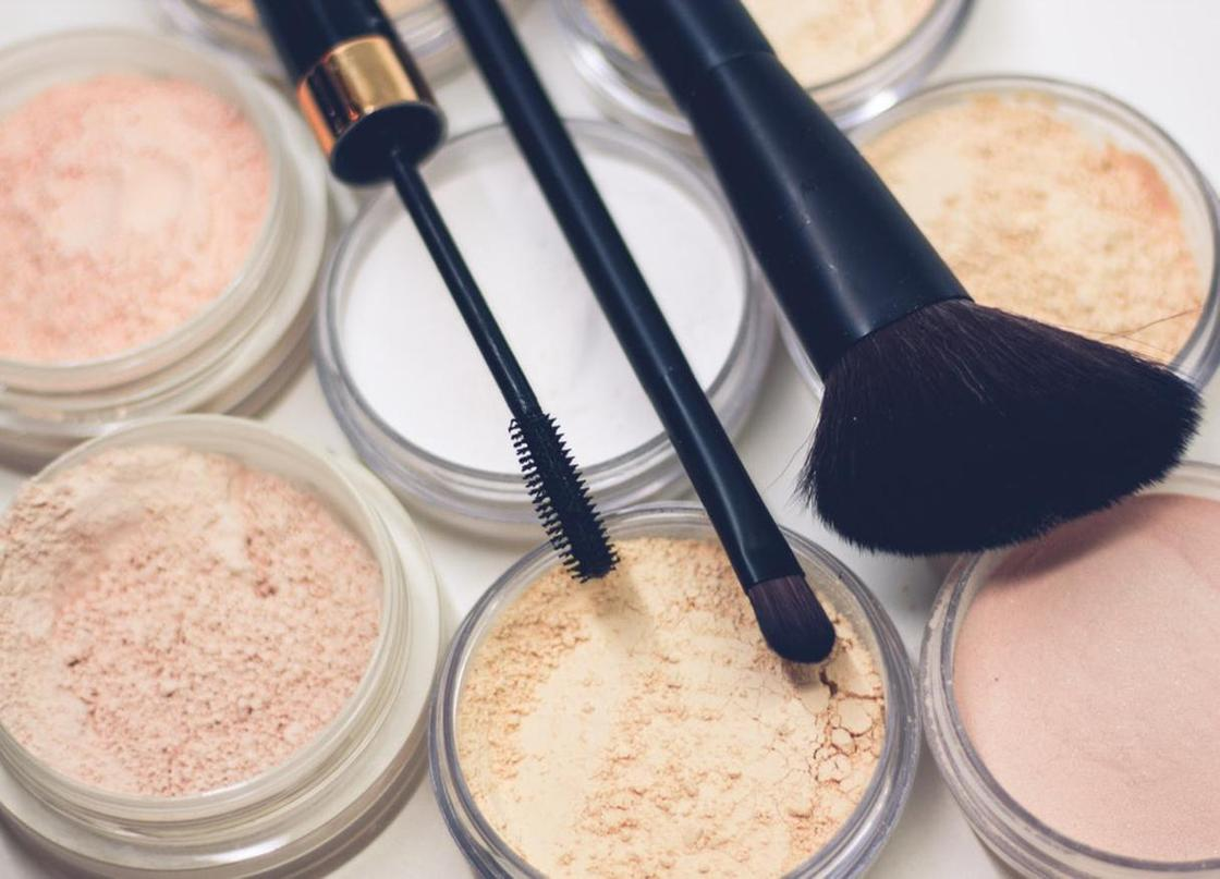 Легкий макияж на каждый день: что необходимо