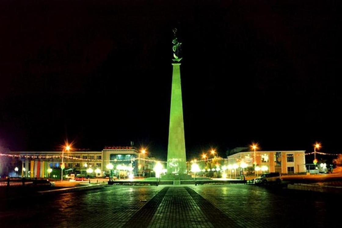Куда сходить в Шымкенте: площадь Ордабасы