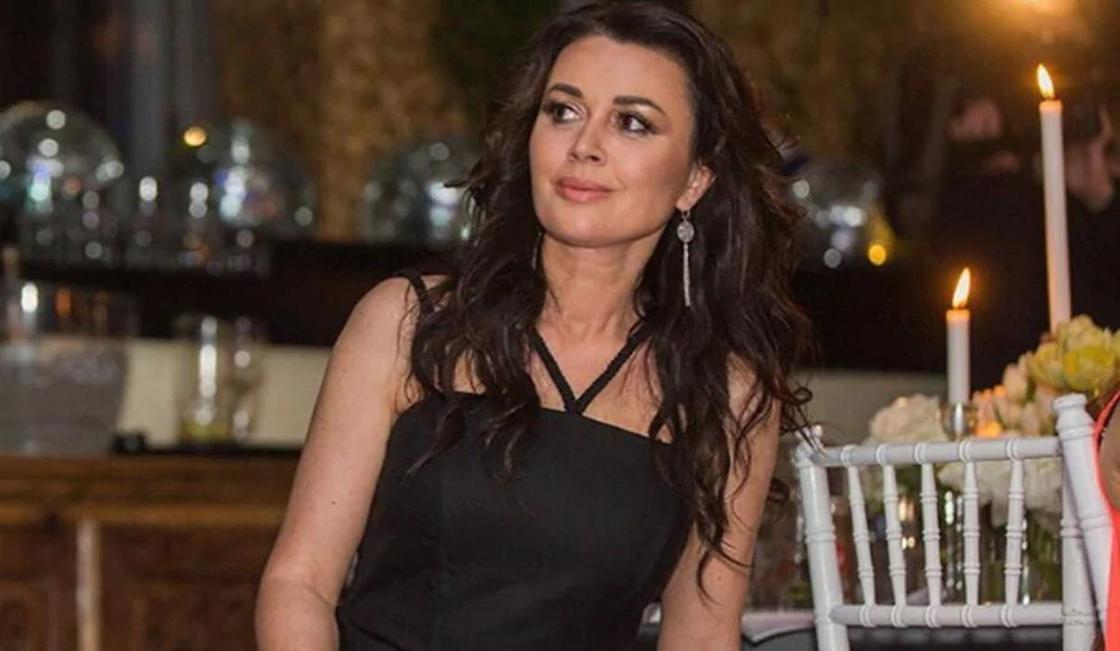 Анастасия Заворотнюк встретит Новый год в клинике