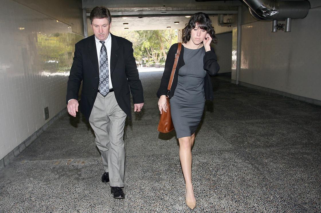 Джейми Спирс направляется в зал суда в 2008