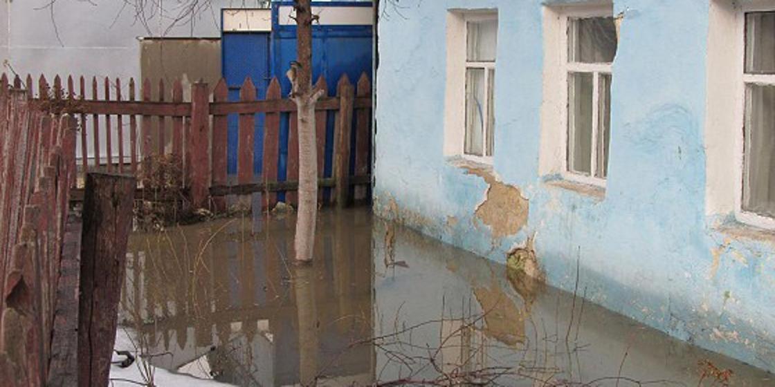 Семья с двумя детьми лишилась дома из-за аварии на водоводе АрселорМиталл Темиртау