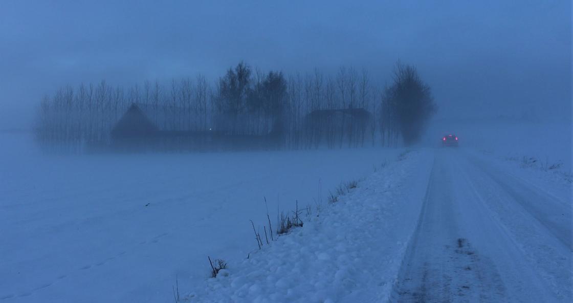 Синоптики объявили штормовое предупреждение в пяти областях Казахстана