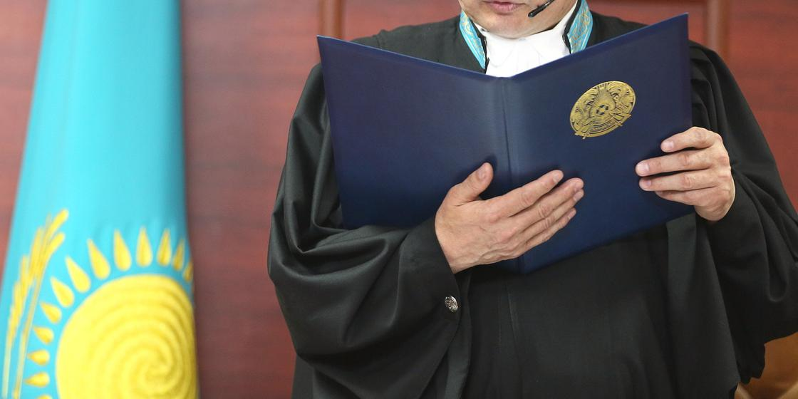 Главу онкодиспансера взяли под стражу в Костанае