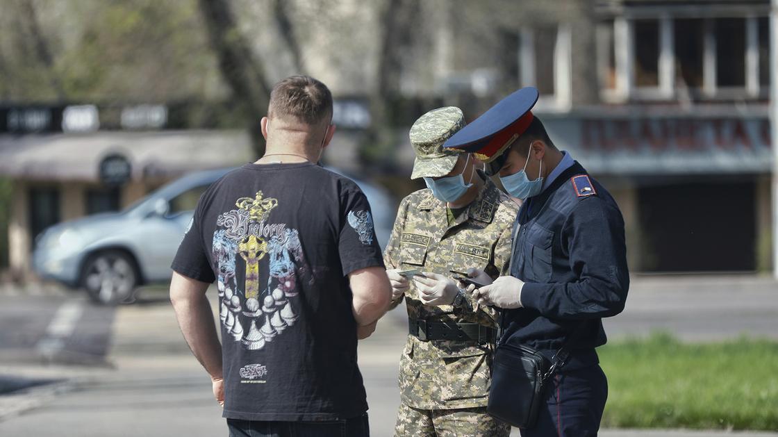 Штрафы до 2 млн тенге за оскорбление больных коронавирусом ввели в Узбекистане