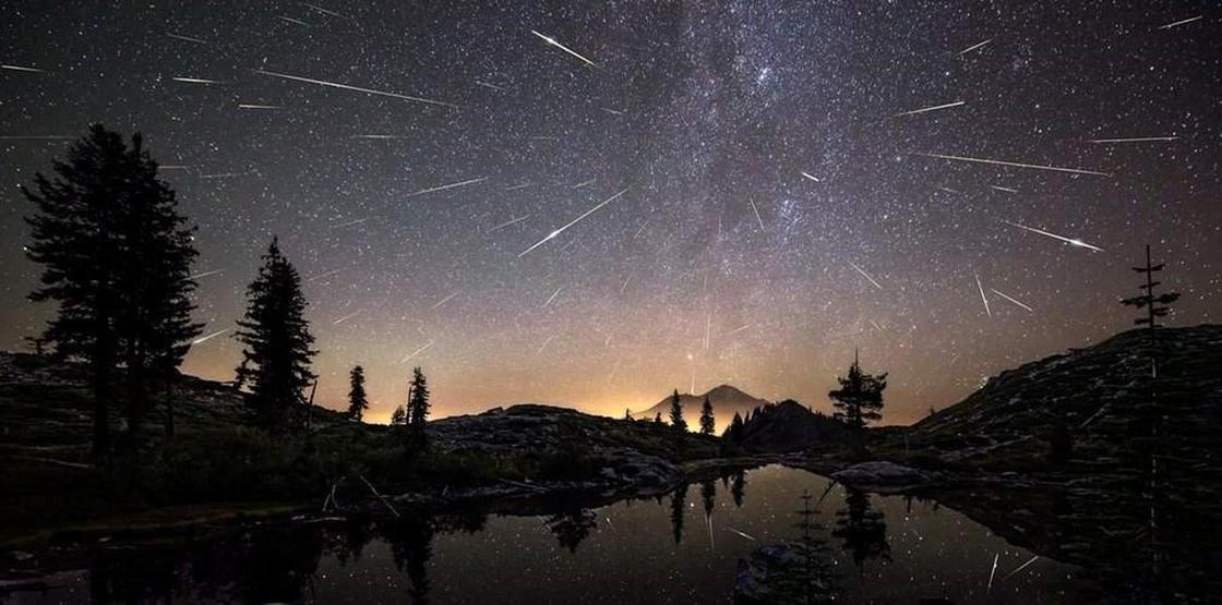 Мощный звездопад и красивую комету смогут увидеть казахстанцы в декабре