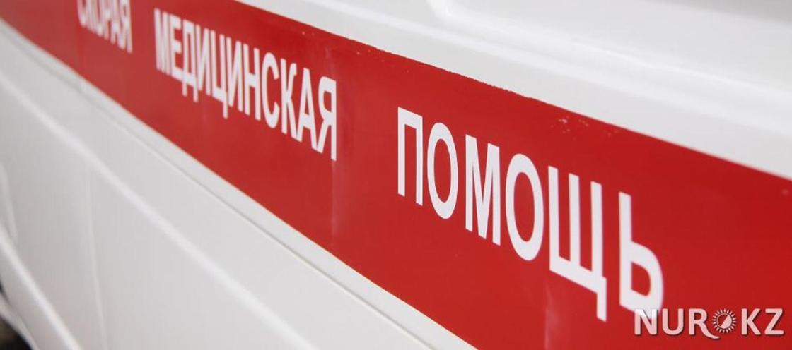 Машина с двумя детьми перевернулась в Западно-Казахстанской области