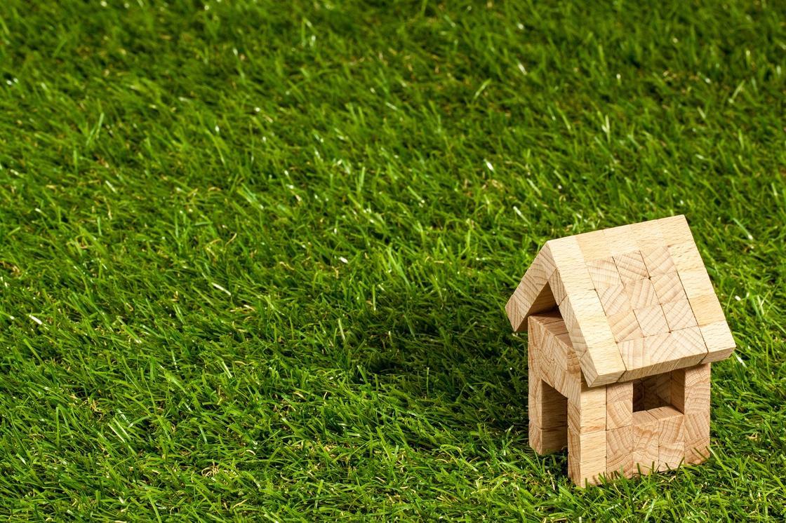 В каких банках можно оформить ипотеку на самых выгодных условиях в рамках жилищных программ