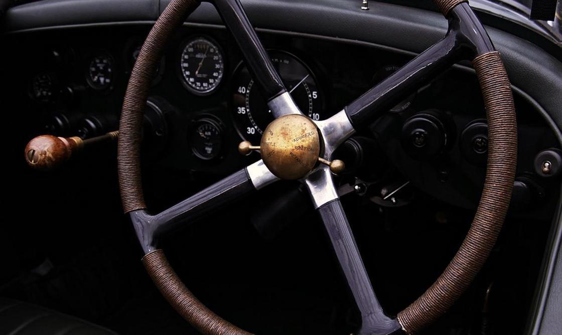 Снизится ли стоимость отечественных авто после запрета на иномарки для госорганов