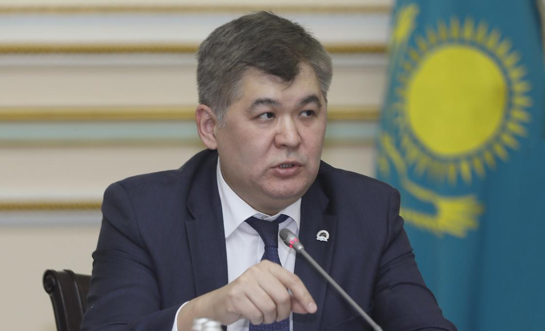 Біртанов: Екпеден бас тартқан ата-аналар бала