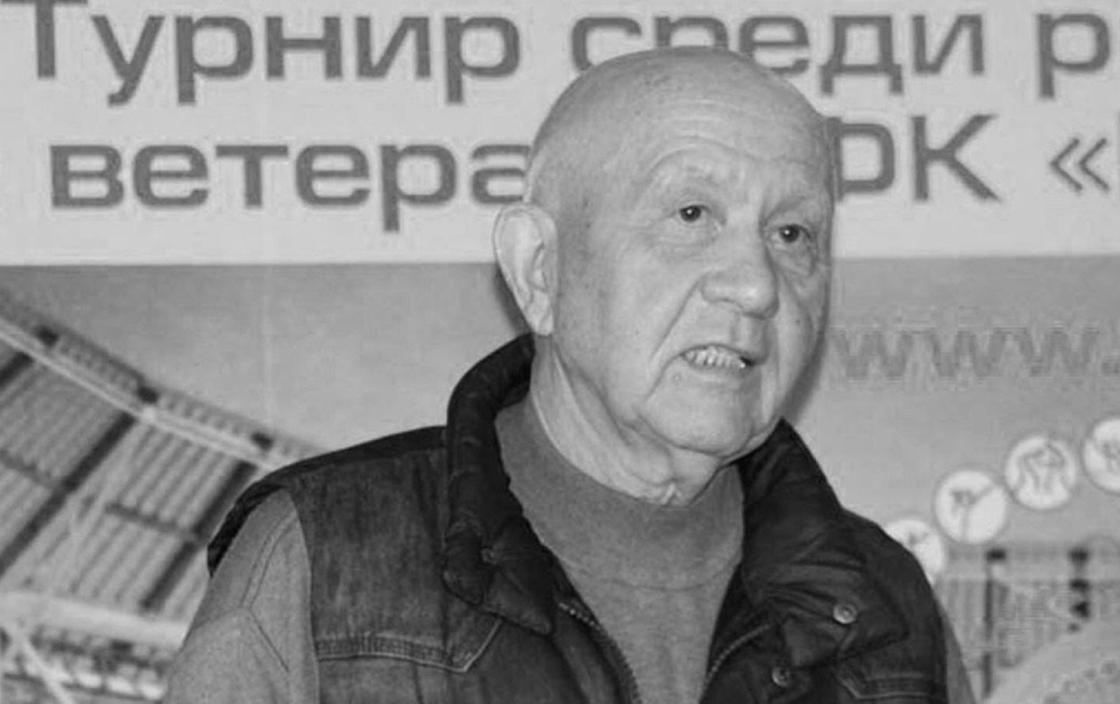 Скончался известный казахстанский журналист и комментатор Диас Омаров