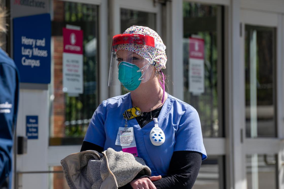 Имидж важнее свободы слова: врачам запрещают рассказывать о ситуации в больницах в США