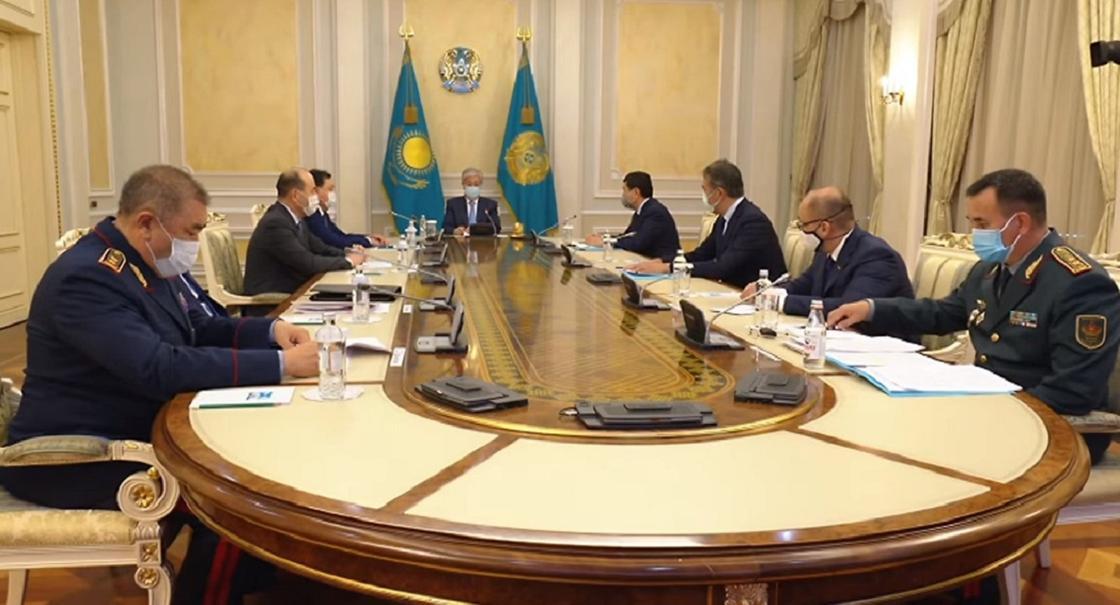 Токаев провел экстренное совещание по ситуации в Жамбылской области