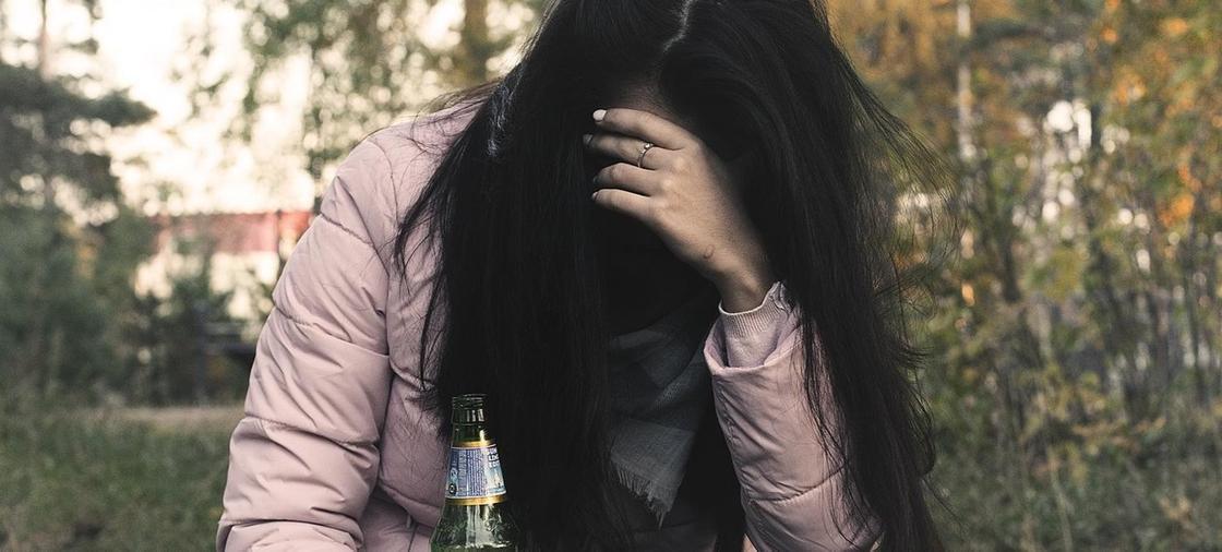 Пьющая жена - горе в семье: почему женщины легко сдаются алкоголю