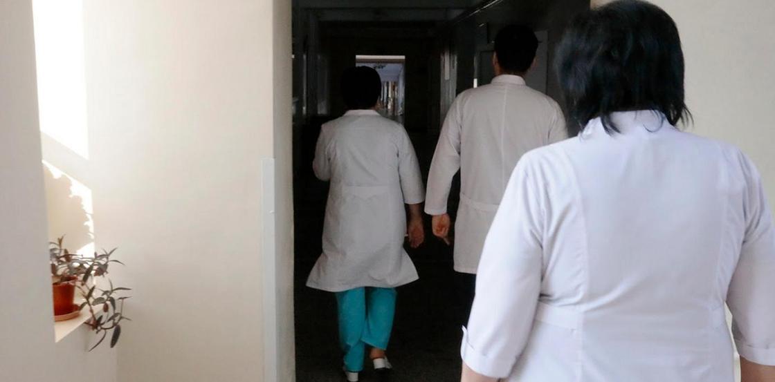 Пожаловавшихся на условиях работы медиков в Нур-Султане не уволят