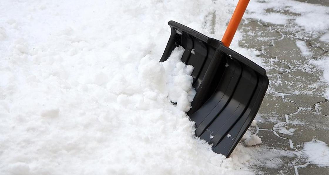 Депутаты выйдут на уборку снега в Уральске