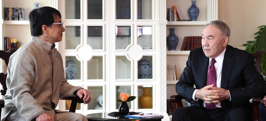 О чем Назарбаев говорил с Джеки Чаном (видео)