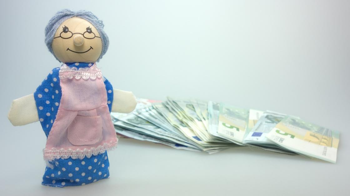 Зачем нужна детская банковская карта