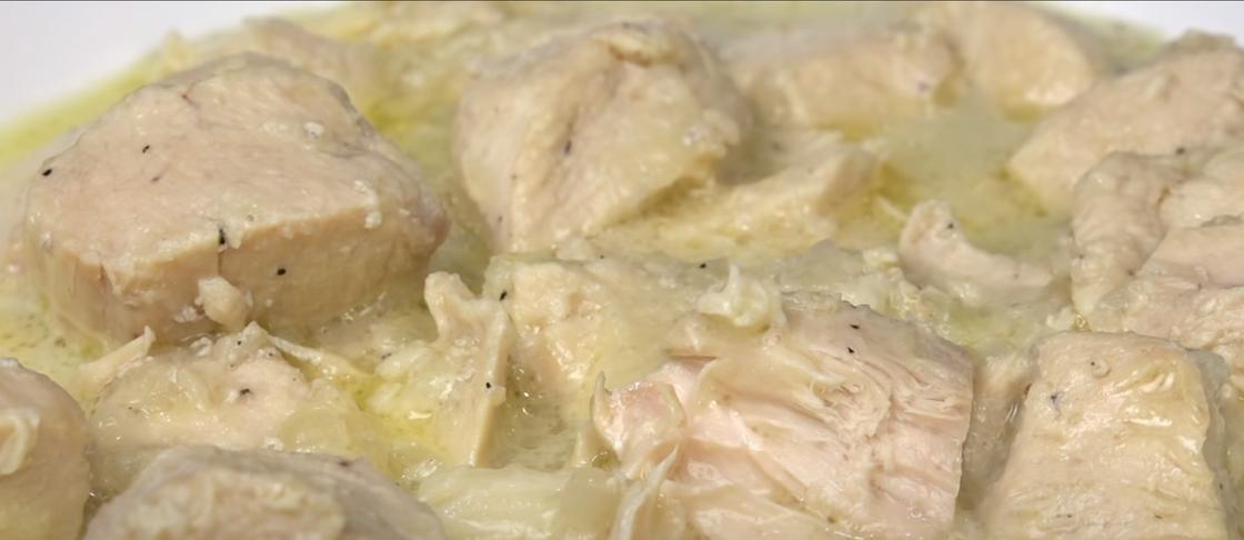 Куриная грудка в сливочно-чесночном соусе