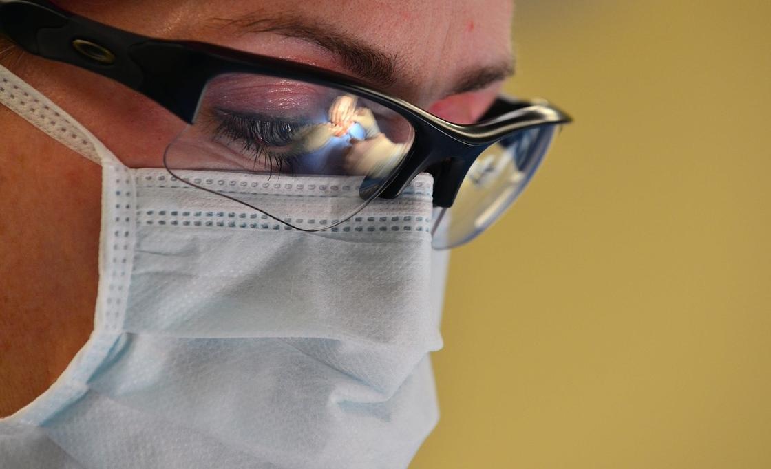 Была в Москве: появились подробности о четвертой зараженной коронавирусом в Актобе
