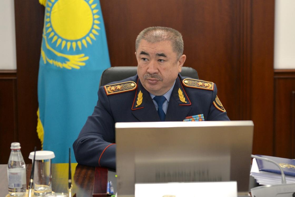 Туругмбаев уволил полицейских начальников после ДТП в Алматы