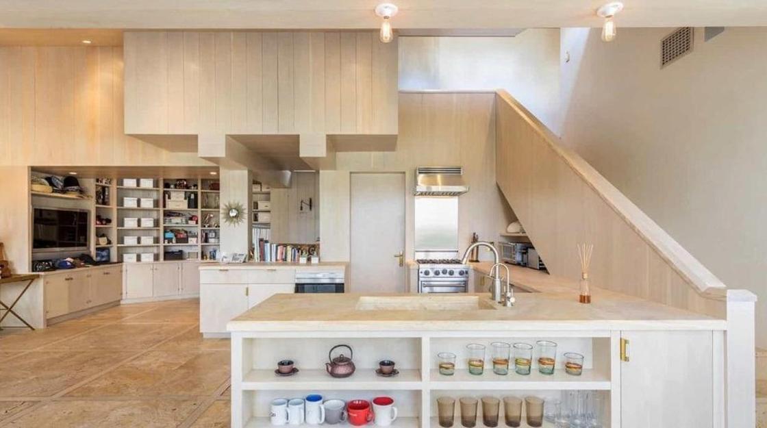 Как выглядит дом Кэти Перри в Лос-Анджелесе, проданный за $9 млн (фото)