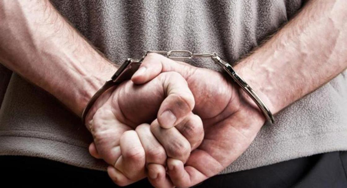 Хотел 4 млн тенге за закрытие дела: задержан майор полиции из УБОП Астаны