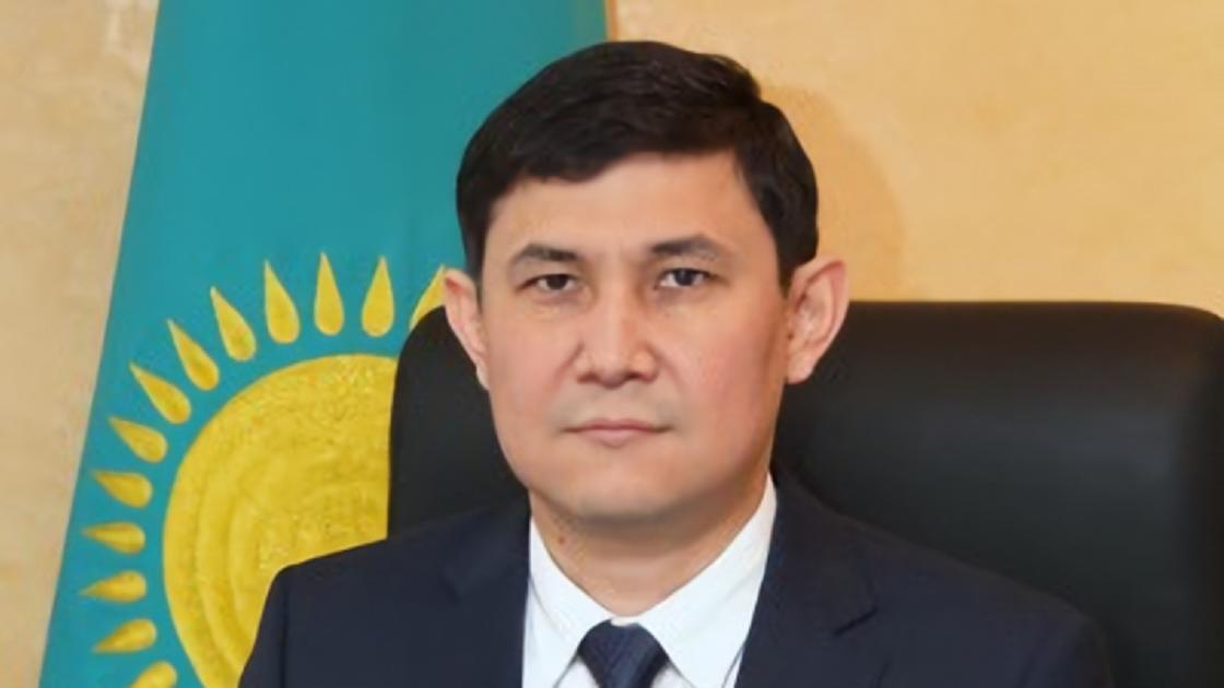 Вспышка коронавируса среди медиков в Алматы: экс-главврач сделал заявление