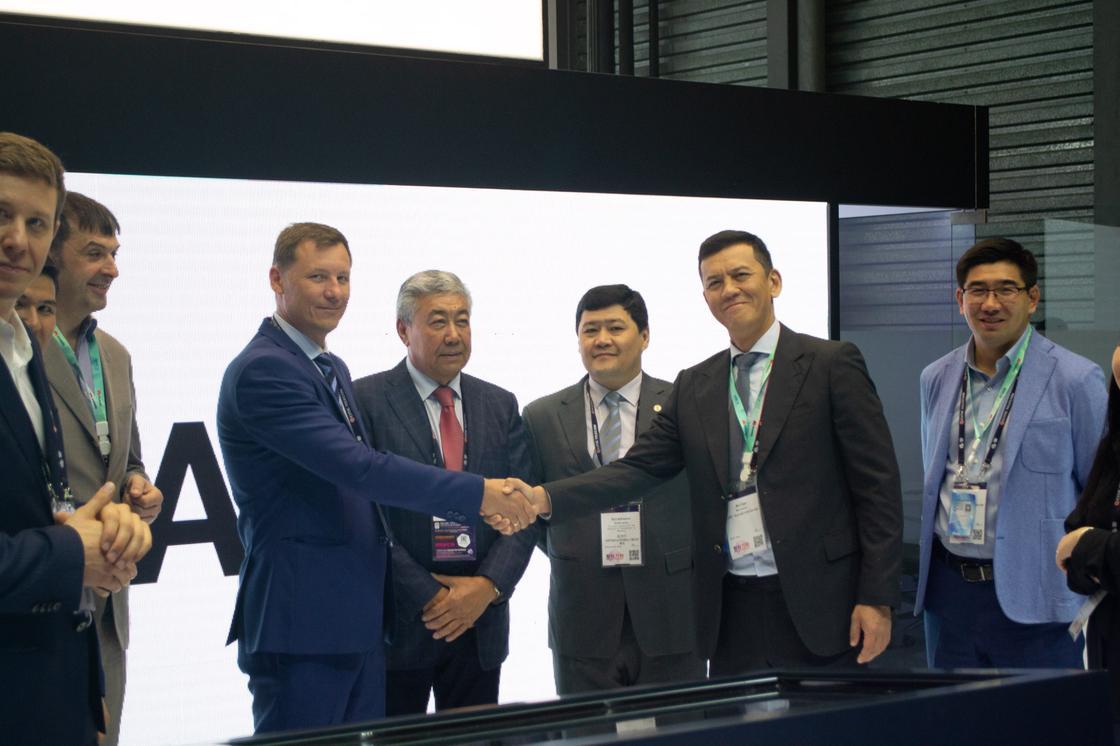 «Казахтелеком» показал прототип «умного города» на Всемирном мобильном конгрессе в Шанхае