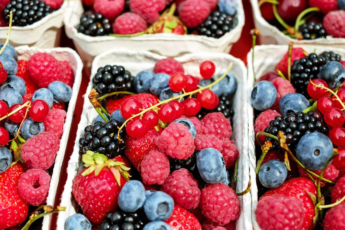 Корзиночки с ягодами