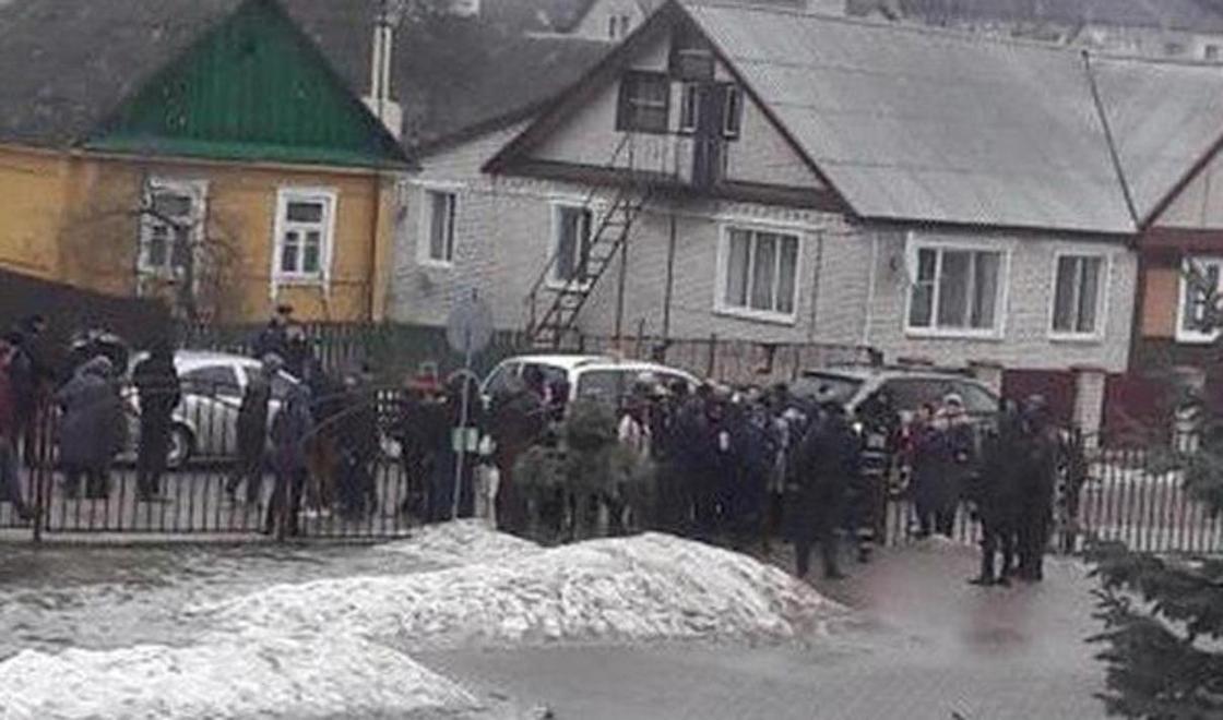 Беларусь елінде оқушы мектепте қанды қырғын жасады
