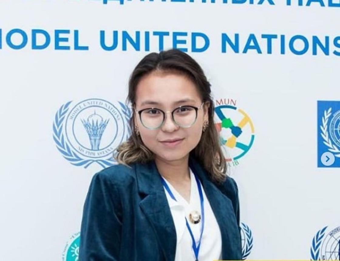 Алматылық оқушы әлемнің 9 университетінен шақырту алды