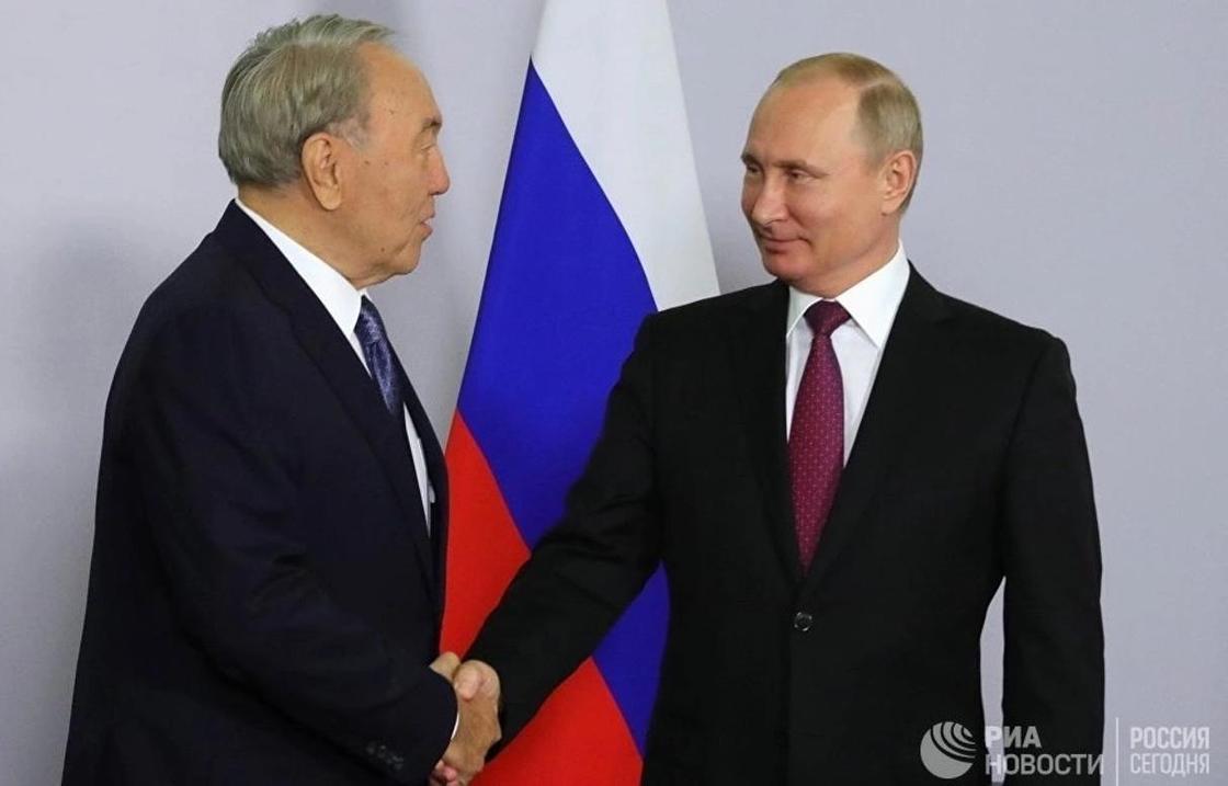 Назарбаев: СМИ Казахстана и России не должны делать из мухи слона