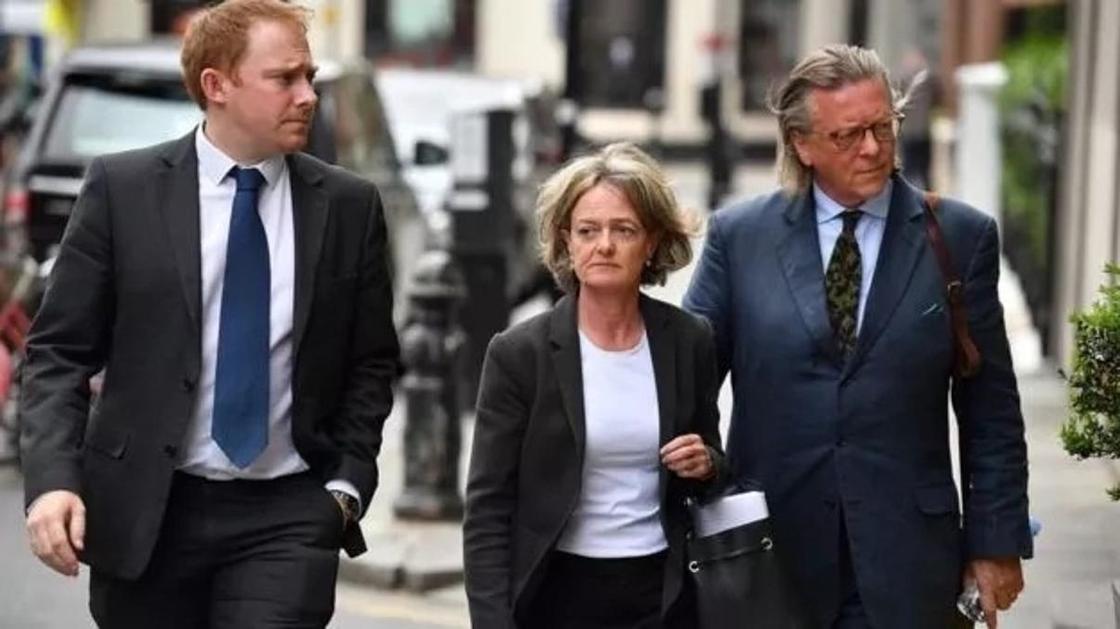 Пресса Британии: Абрамовичу придется доказать происхождение денег