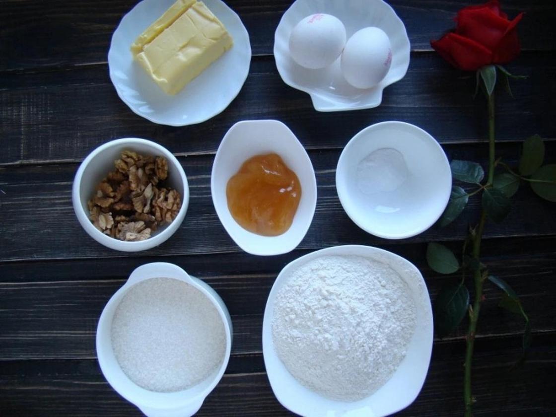Как приготовить медовый торт в домашних условиях: рецепт