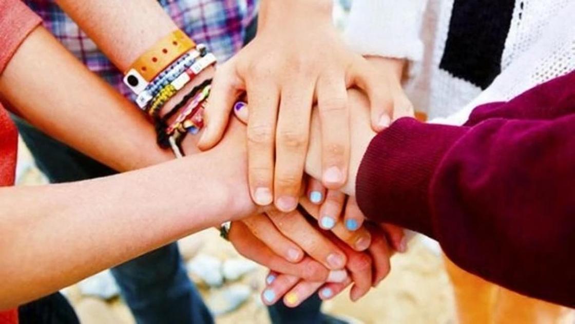 Пословицы и поговорки о дружбе и любви
