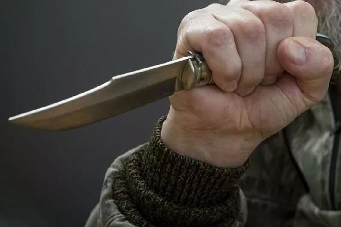 Женщину убили в университете в Шымкенте