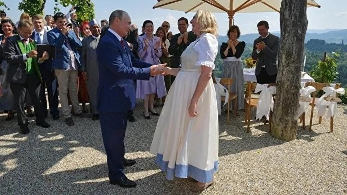 Как Путин погулял на свадьбе главы МИД Австрии