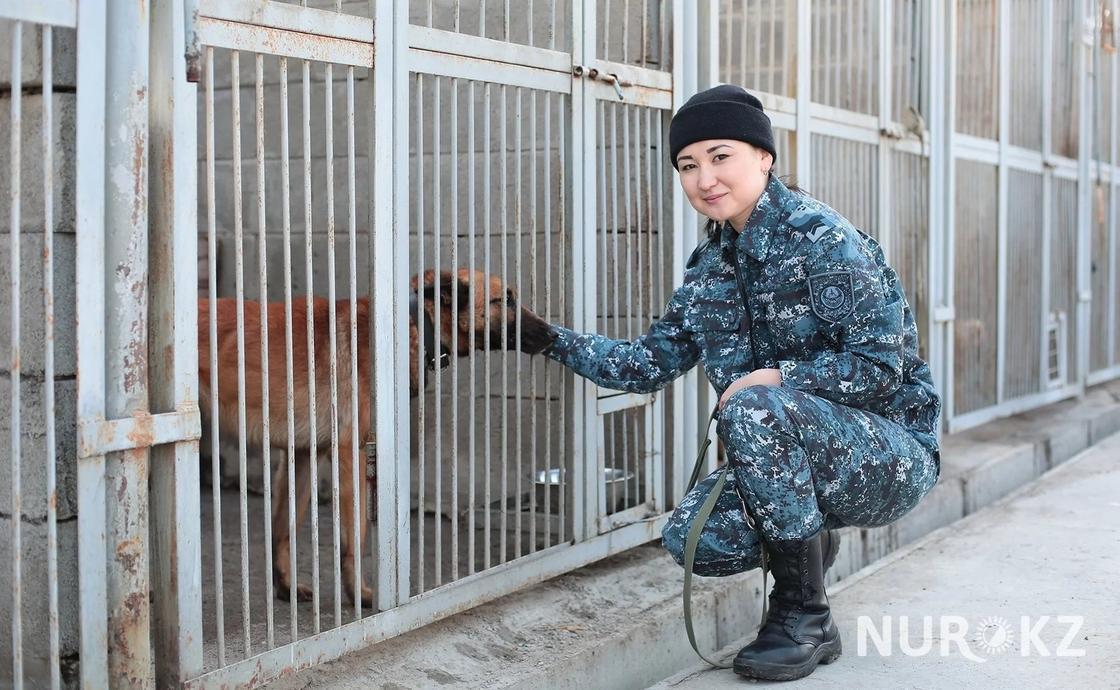 08.03 Девушка-полицейский из Астаны рассказала, как справляется с собаками на службе