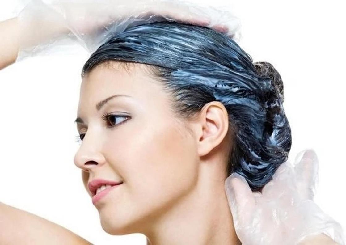 Маска для волос из кефира, яйца и меда