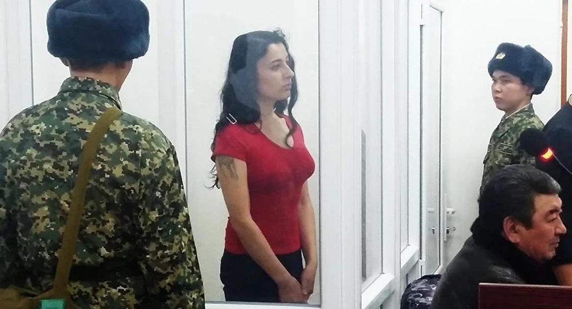 Алматинскую девушку-трансгендера наказали в тюрьме за плохое поведение