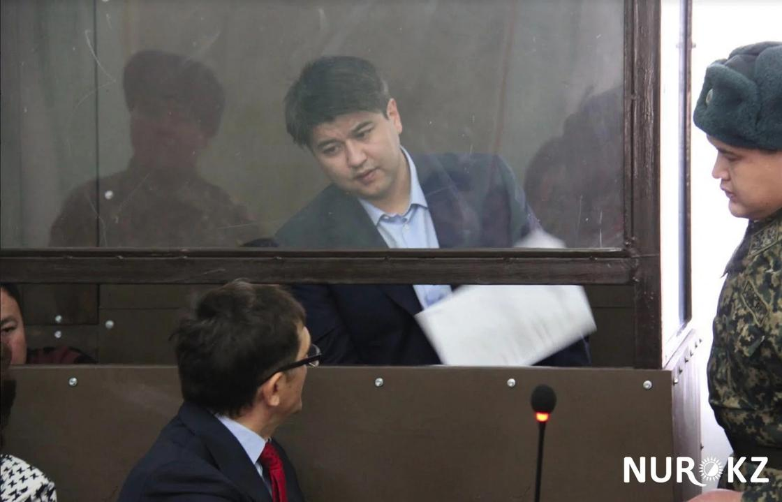 Фигурант дела Бишимбаева: Экс-министр подарил секретарше квартиру за $200 тыс.