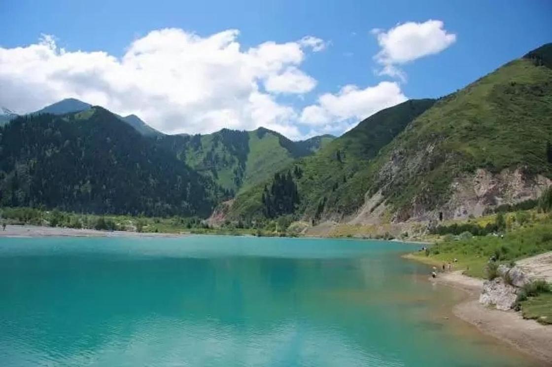 Как образовалось озеро Иссык-Куль: легенды