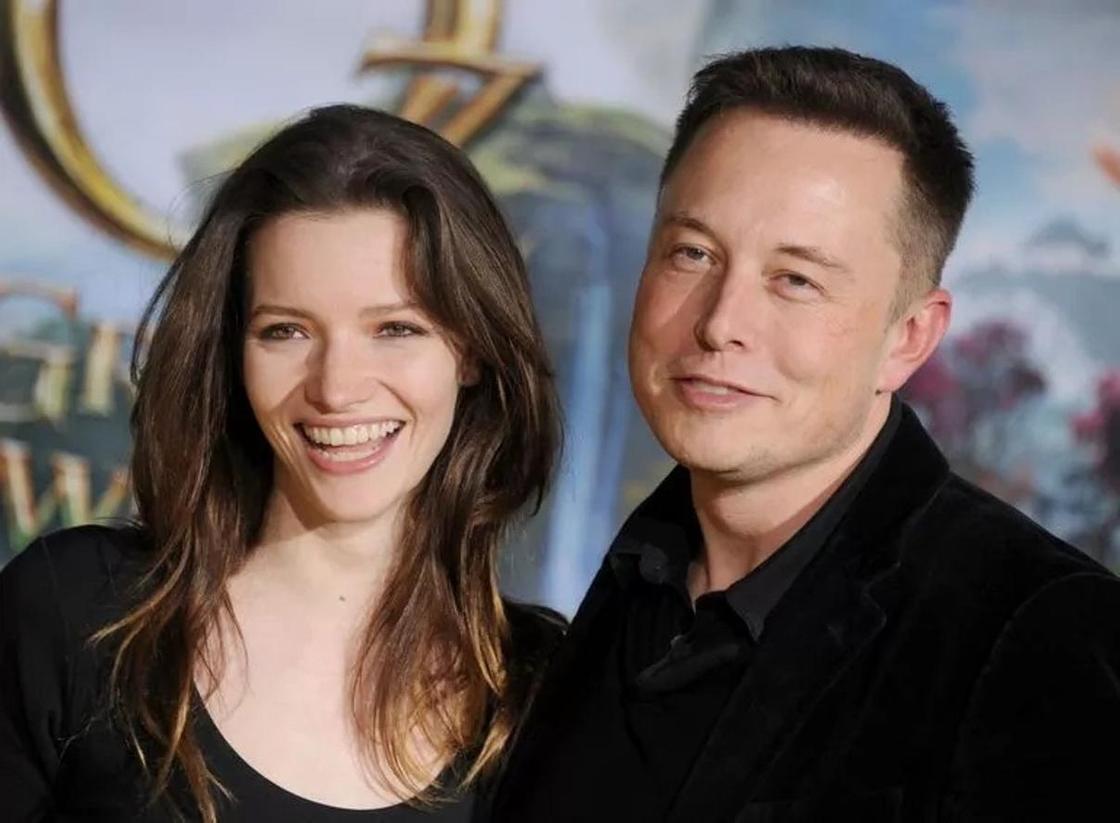 Как выглядит актриса, дважды бывшая замужем за Илоном Маском