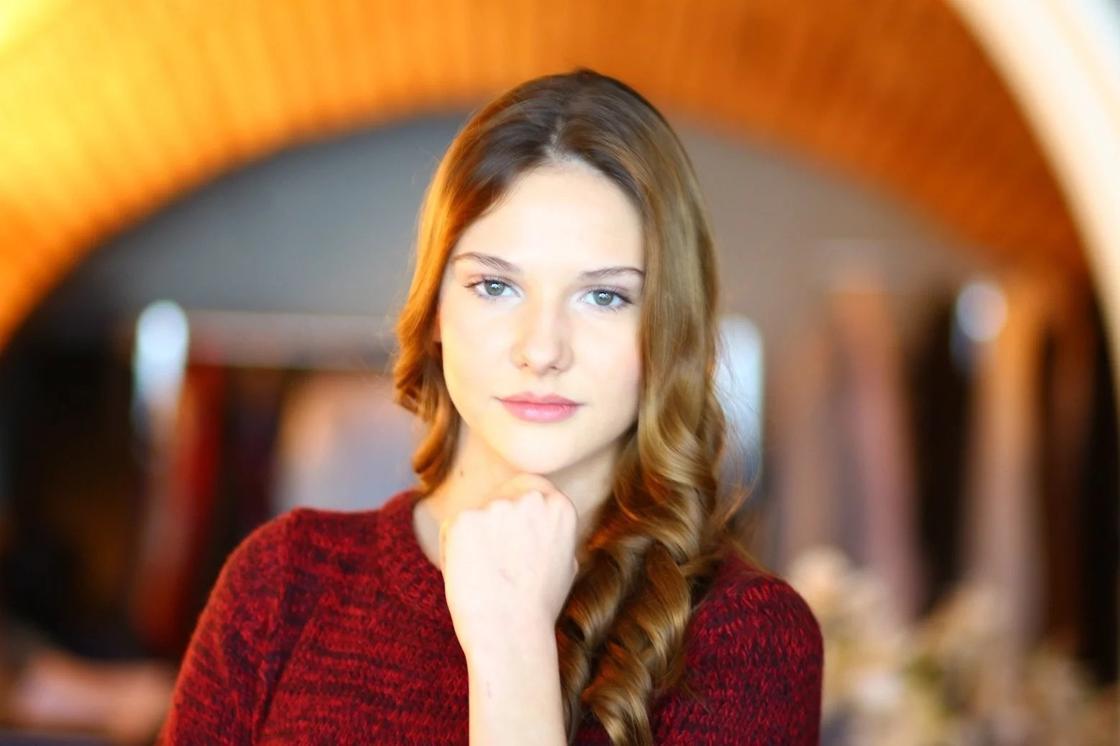 Алина Боз