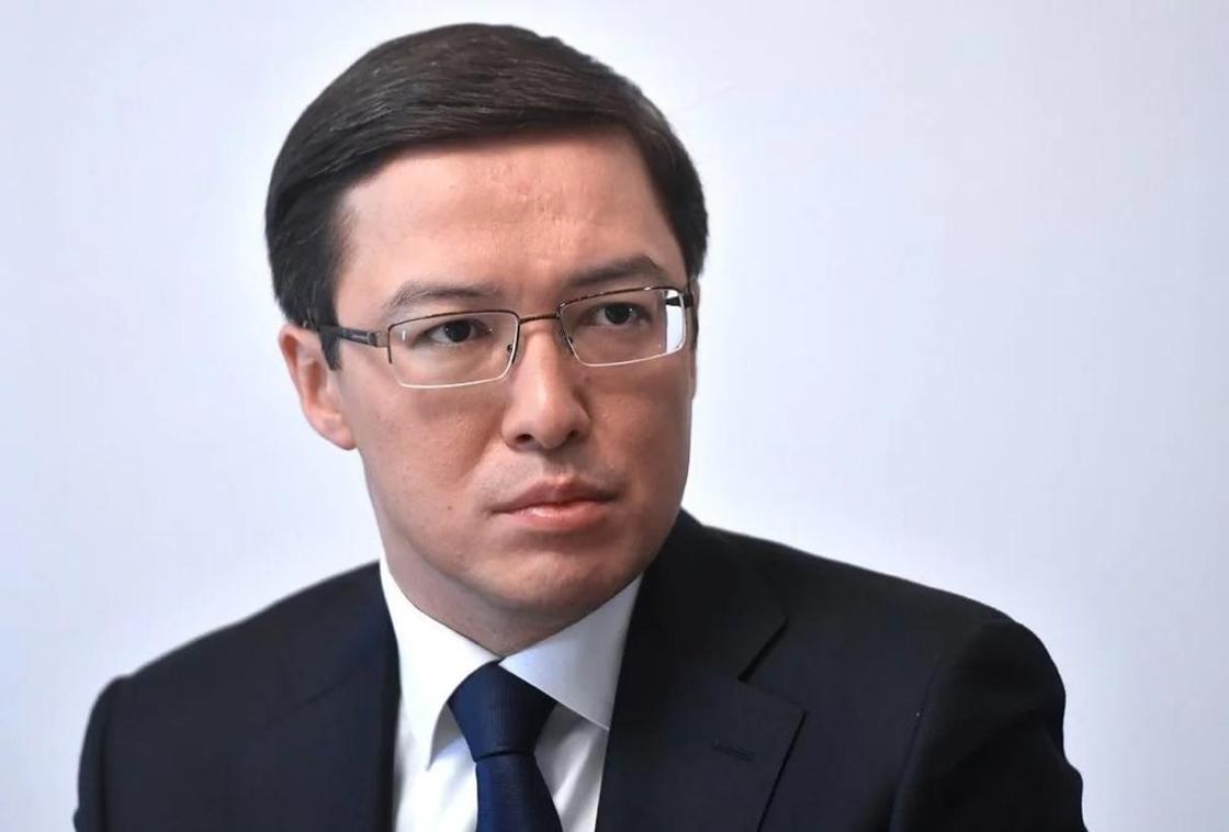 Запрет криптовалюты: Акишев предложил равняться на Армению