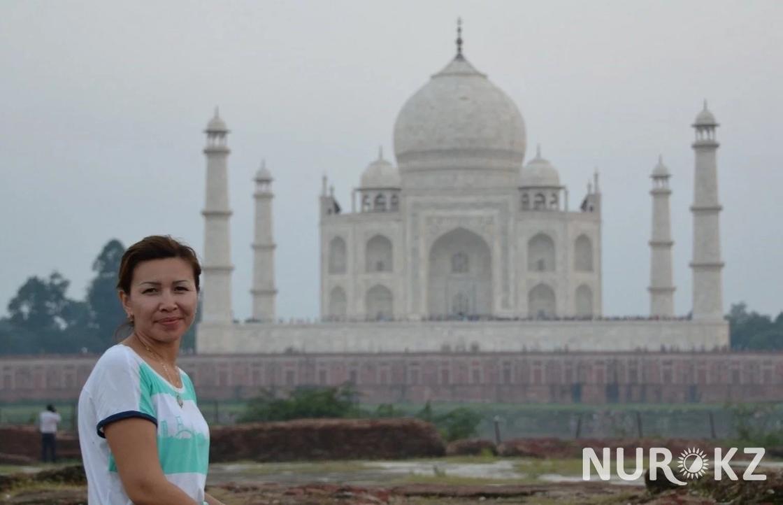Казахстанка в Индии: местные могут подбежать и схватить за грудь