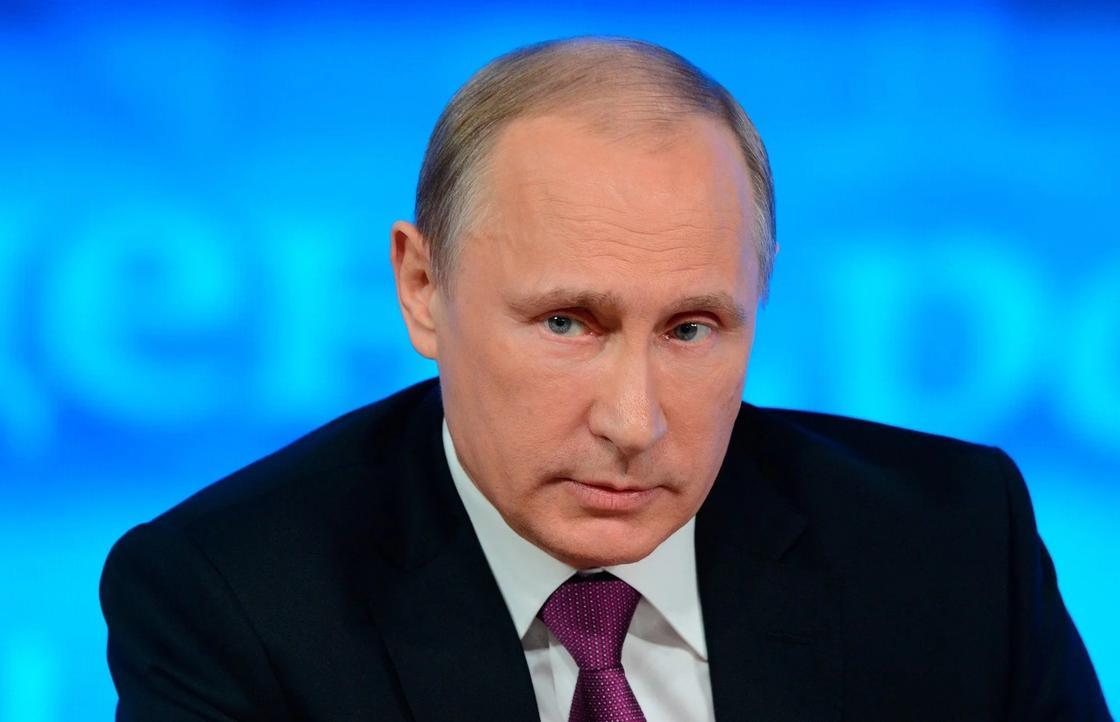 Путин рассказал, как ему сломали нос и обстреляли вертолет (видео)